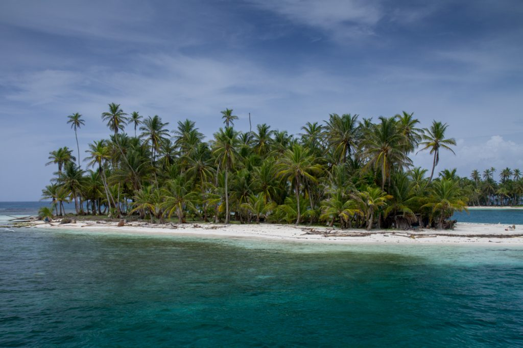 Epic Rides in Panama   Boat trip from Colombia to Panama (Via San Blaas)